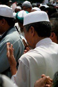 Fianais 2-hindu-to-muslim-reincarnation-case-IISIS